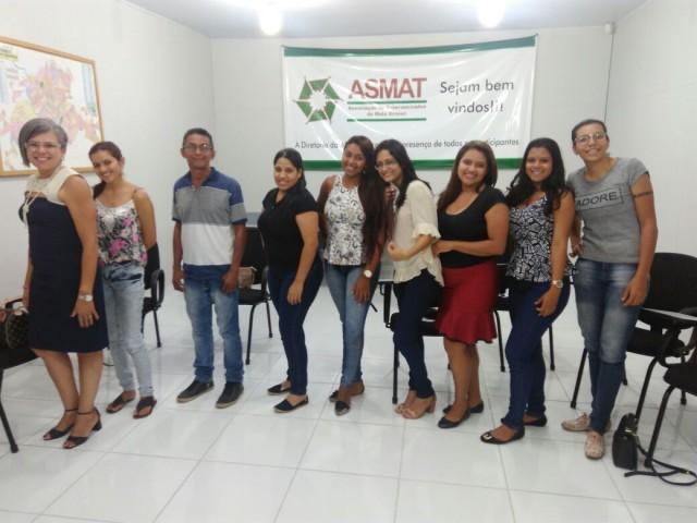 Operadores de caixa buscam novos conhecimentos em curso da ASMAT