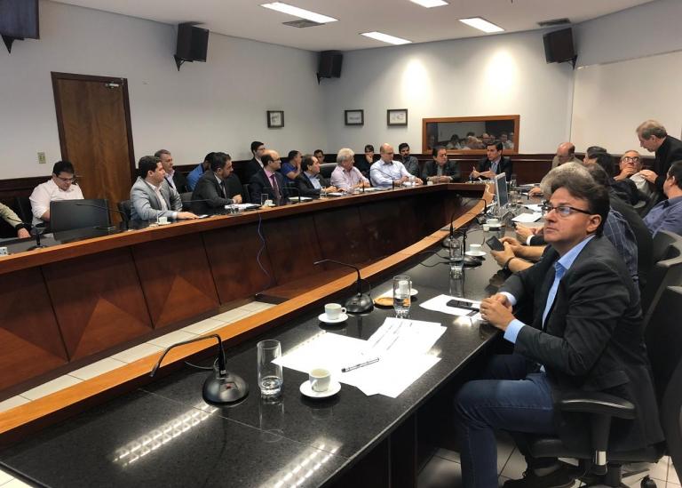 Asmat participa de discussão sobre o PLC 53/2019 com secretário de Fazenda