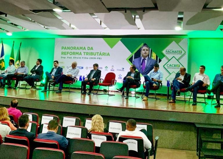 Presidente da Asmat participa de palestra sobre reforma tributária com o deputado Efraim Filho