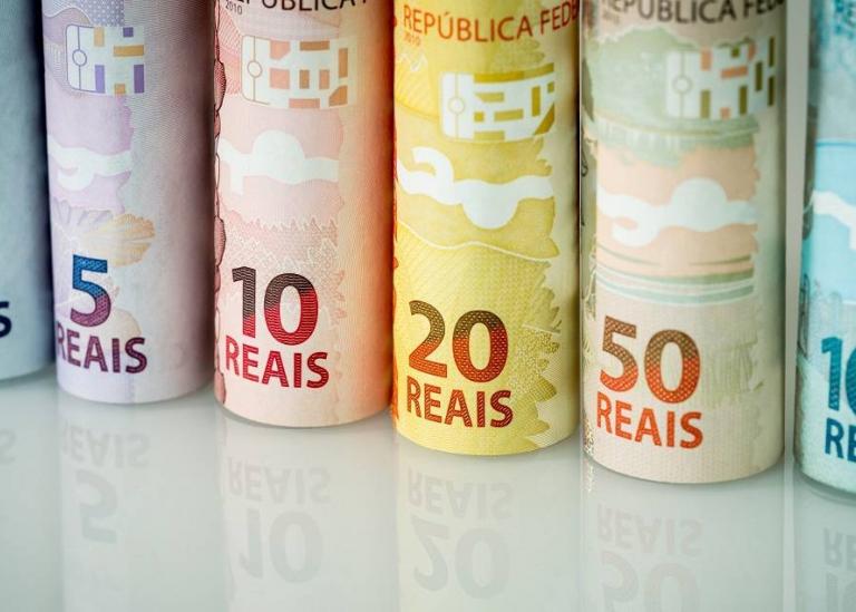 MERCADO PREVÊ RETRAÇÃO DE 0,48% NO PIB DESTE ANO E NOVO CORTE NOS JUROS EM MAIO